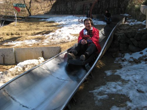 201103_09 Great Wall Toboggan_Suzanna02